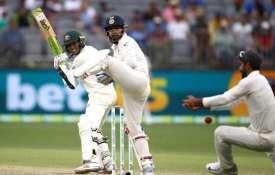 भारत और...- India TV