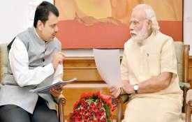 मुख्यमंत्री देवेन्द्र फड़णवीस ने की PM मोदी से मुलाकात, सूखे की स्थिति से निपटने के लिए मदद मांगी- India TV