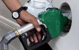 Petrol, diesel prices remain unchanged on Wednesday | PTI Representational- India TV
