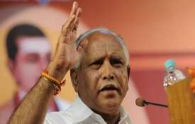 येदियुरप्पा ने कहा, कांग्रेस-जद (एस) गठबंधन में ज्वालामुखी कभी भी फट सकता है - India TV