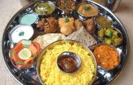खाने की इन चीज़ों को करें स्टोर।- India TV