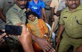 सबरीमाला मंदिर में घुसने वाली कनकदुर्गा को ससुरालवालों ने घर से निकाला- India TV
