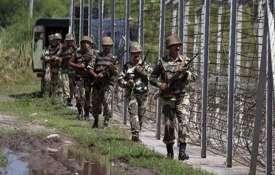 Pakistan fires unprovoked on LoC, violates ceasefire in Poonch | PTI Representational- India TV