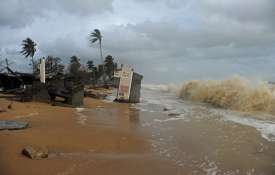 थाईलैंड में तूफान 'पाबुक' के मद्देनजर हजारों को सुरक्षित स्थानों पर पहुंचाया- India TV