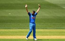पहले वनडे के हीरो मोहम्मद शमी ने बेटी को डेडिकेट किया अपना रिकॉर्ड, लिखा ये भावुक संदेश- India TV