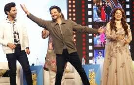 Ek Ladki Ko Dekha Toh Aisa Laga team at TV Ka Dum- India TV