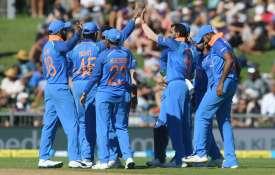 ऑस्ट्रेलिया के खिलाफ टी20 और वनडे सीरीज के लिए टीम इंडिया की घोषणा, कोहली-बुमराह की वापसी- India TV