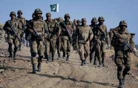 भारत के डर से पाकिस्तान ने LoC पर शुरू की युद्ध की तैयारी, बढ़ाया सेना और तोपखाने का जमावड़ा- India TV
