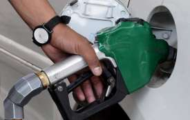 Petrol and diesel become costlier on Monday | PTI File- India TV