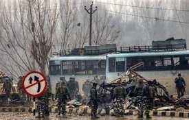 जम्मू-कश्मीर में अब तक के सबसे बड़े आतंकी हमले में 37 जवान शहीद, पूरे देश में जबरदस्त गुस्सा- India TV