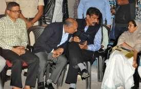 Rajeev Kumar (Extreme Left) and Mamata Banerjee (Right) | PTI- India TV