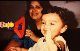 Arjun Kapoor with mother- India TV