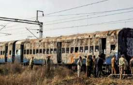 Samjhauta Express train blast (File...- India TV