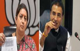 <p>smriti irani and randeep...- India TV