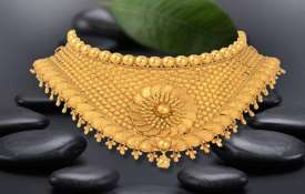 Gold rises Rs 150 on jewellers' buying, positive global trend- India TV