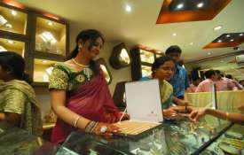 gold price surged- India TV