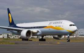 Jet Airways' employees protest outside T3 over pay delay- India TV