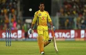 एक रन से मैच हारने के बाद बोले CSK के कोच- अंतिम ओवरों में धोनी की मंशा पर सवाल नहीं कर सकते- India TV