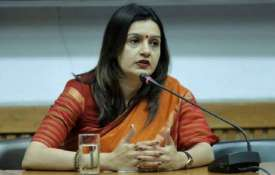 प्रियंका चतुर्वेदी ने कांग्रेस से दिया इस्तीफा, शिवसेना ने कहा हमारी पार्टी करेंगी ज्वाइन- India TV
