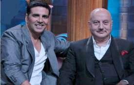<p>akshay kumar and anupam...- India TV