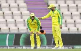 World Cup 2019: ऑस्ट्रेलिया को लगा बड़ा झटका! अभ्यास मैच के दौरान चोटिल हुए उस्मान ख्वाजा - India TV