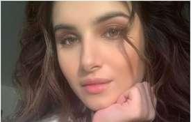 तारा सुतारिया- India TV