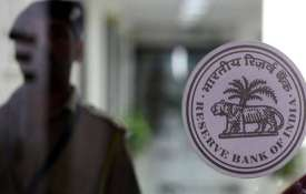 Provide names of big loan defaulters, CIC to RBI- India TV