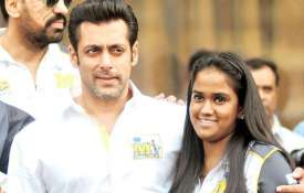 Salman khan and arpita- India TV