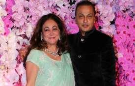 anil ambani with wife tina ambani- India TV