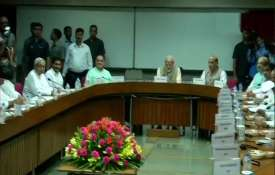 Congress, TMC, SP and BSP presidents skip all-party meet on simultaneous polls.- India TV