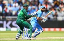 IND vs PAK: सरफराज अहमद ने नहीं मानी पाक प्रधानमंत्री इमरान खान की सलाह, अब ट्विटर पर लग रही फटकार- India TV