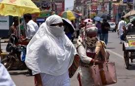 भारत के कुछ हिस्सों में हल्की बारिश से पारा गिरा, लू लगने से बिहार में 102 लोगों की मौत- India TV