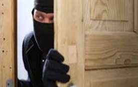 यूपी : महिला जज के घर से चोरों ने लाखों का माल उड़ाया, जांच में जुटी पुलिस- India TV