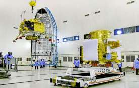 Scientists hail ISRO for detecting Chandrayaan-2 glitch in time- India TV