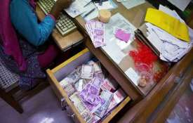 Direct tax collection target fixed at Rs 13.35L crore- India TV