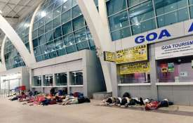 Photo of people sleeping at Dabolim airport goes viral | Twitter- India TV