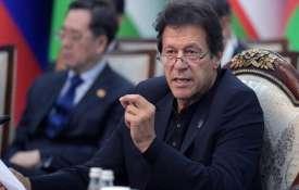 इमरान खान ने माना पाकिस्तान में सक्रिय थे 40 आतंकवादी समूह, पुलवामा हमले से झाड़ा पल्ला- India TV