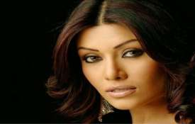 कोएना मित्रा- India TV