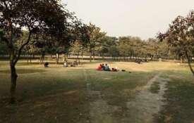 'अगवा' व्यक्ति नोएडा के पार्क में गर्लफ्रेंड का इतंजार करता मिला- India TV