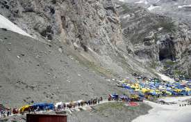 Hindu devotees on their way to the holy...- India TV