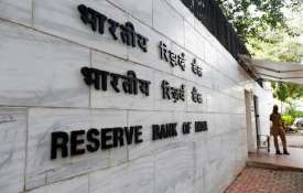 SBI found flouting rules, says finally-released RBI report- India TV