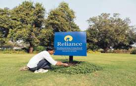 Reliance Q1 profit rises 7percent YoY to Rs 10,104 crore- India TV