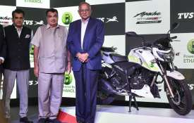 Union Minister for Road Transport and Highways Nitin Gadkari, Chairman TVS Motor Srinivasan and CEO - India TV