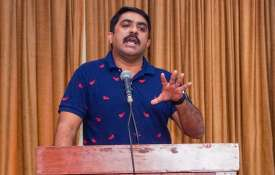 Goa Forward Party chief Vijai Sardesai accuses CM Pramod Sawant of 'back-stabbing' - India TV
