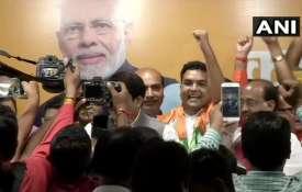 केजरीवाल सरकार के पूर्व मंत्री कपिल मिश्रा भाजपा में शामिल - India TV