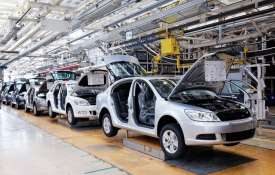 Passenger vehicles output down 13.18% in Apr-Jul as major auto cos cut production- India TV