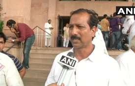 बीएसपी विधायक का सनसनीखेज खुलासा, कहा-पार्टी में चुनावी टिकटों की बोली लगती है- India TV