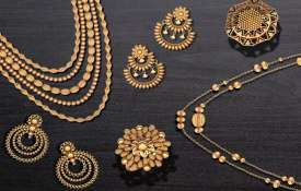 Gold climbs Rs 475 on jewellers' buying, silver gains Rs 378- India TV