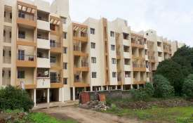 Rs 1.56 lakh crore worth flats launched in 2011 and before still incomplete; NCR builders top drag- India TV