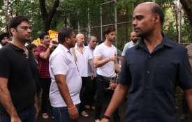 जे ओमप्रकाश की...- India TV